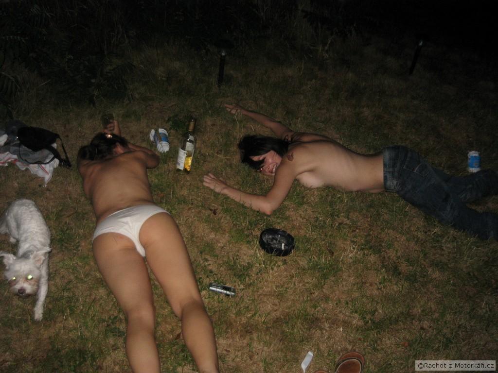 sex nachod opile zeny
