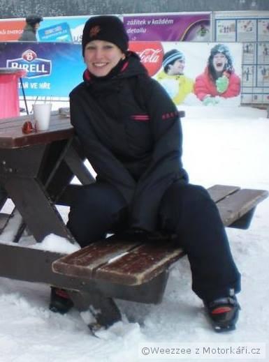 e  třeba tu v Herlíkovicích při čekání než mi poštělujou lyže afcebb0cdb